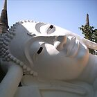 Reclining Buddha by svahha