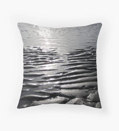 sands shifting  Throw Pillow