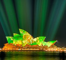 Sydney Opera House Luminous Festival 01 by Barry Culling