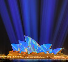 Sydney Opera House Luminous Festival 02 by Barry Culling