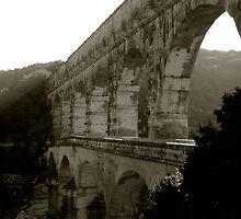 Pont-du-Gard by jordanjamieson