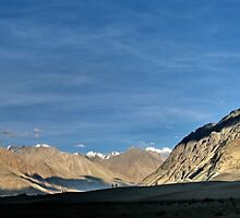 sky mountains. ladakh, northern india by tim buckley   bodhiimages