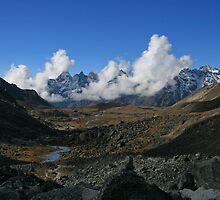 High Valley Vista 2 by Richard Heath