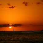 Sunset at Waikiki by cookyjar