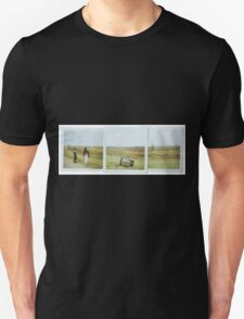 TVINFIELD Unisex T-Shirt
