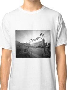 building eye Classic T-Shirt
