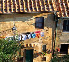 Tuscany courtyard by alenavataga