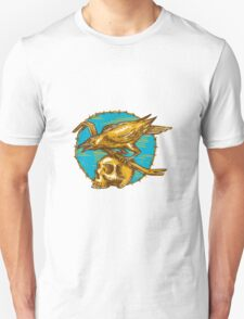 Crow Perching Crowbar Skull Barbed Wire Drawing T-Shirt