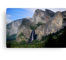 Yosemite Valley ...Magestic Views Canvas Print