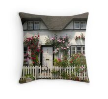 Shepherds' Cottage, Wherwell, Hampshire, southern England Throw Pillow