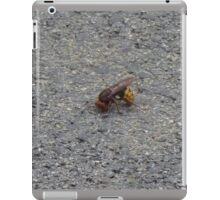 A dying hornet n°1 iPad Case/Skin