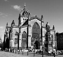 St Giles by Martina Fagan
