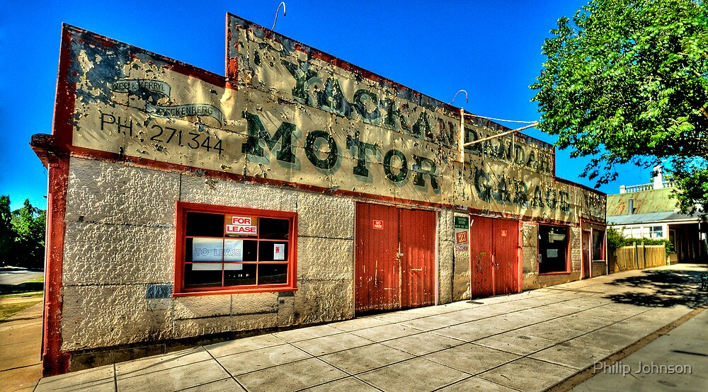 Clean Your Windscreen ? - Yackandandah, Victoria - The HDR Experience by Philip Johnson