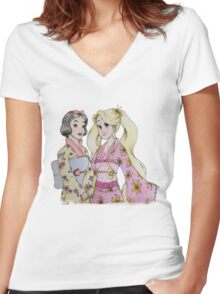 Visiting japan  Women's Fitted V-Neck T-Shirt
