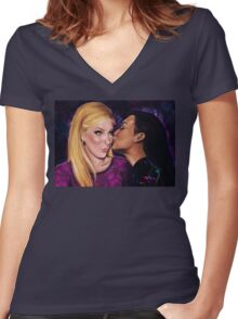 What real love looks like Women's Fitted V-Neck T-Shirt