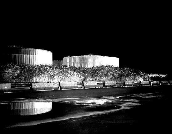 Detroit Tanks by gailrush