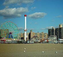 Coney Island, NY by gailrush