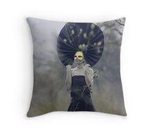 FANTOMIME Throw Pillow