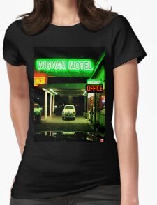 Wig Wam Motel, Holbrook, AZ Womens Fitted T-Shirt