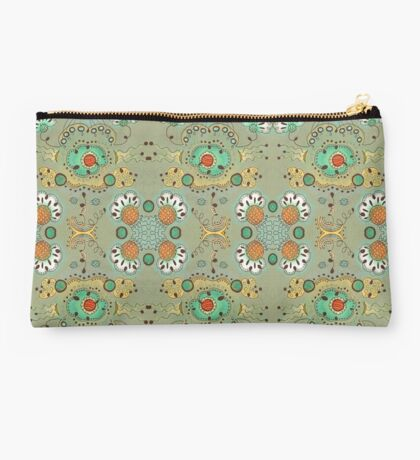 Flower in the Sky Pattern Studio Pouch