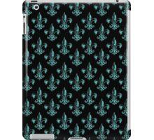 Fleur de lis in cyan. iPad Case/Skin