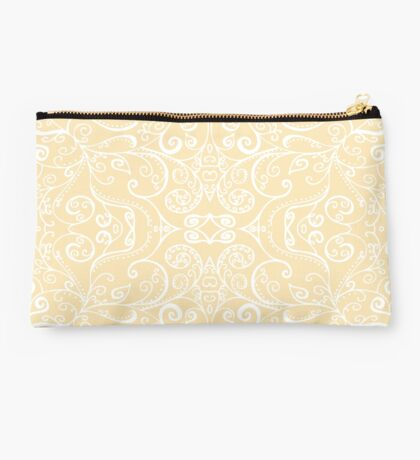 Silent Era, Cream Studio Pouch