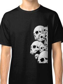 Skulls incoming - Right Classic T-Shirt