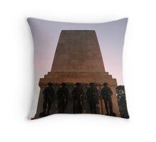 World War Memorial - London Throw Pillow