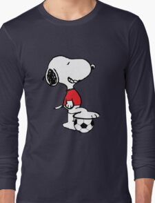 snoopy soccer  Long Sleeve T-Shirt