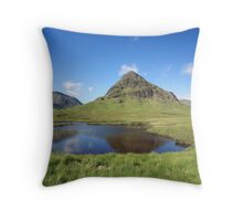 Bauchaille Etive Beag. Throw Pillow