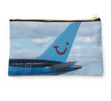 Thompson Airlines Boeing 787 tail livery Studio Pouch