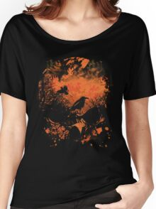 Skull with Crows - Distressed Grunge Women's Relaxed Fit T-Shirt