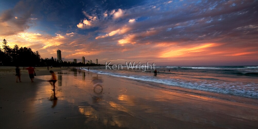 Circles in the sand by Ken Wright