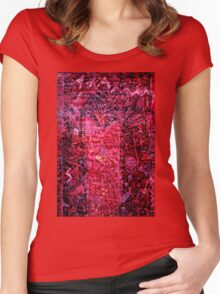 Illude 3 Women's Fitted Scoop T-Shirt