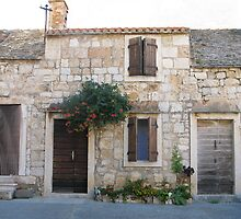Old stone house by Dalmatinka