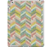 Chevron Herringbone Pattern iPad Case/Skin