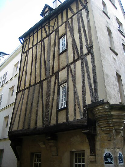 Medieval_Parisienne_Building by Keith Richardson