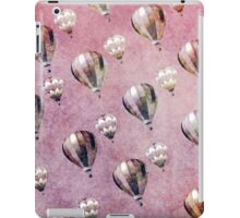 Vintage Hot Air Balloons Retro Floral Damask iPad Case/Skin