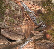 Woolshed Falls - Beechworth by David Hunt