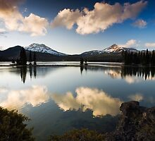 Sparks Lake. Bend, OR by Travis Ingle