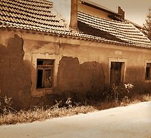 Portugal by Hunniebee