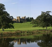Alnwick Castle by Waggywag