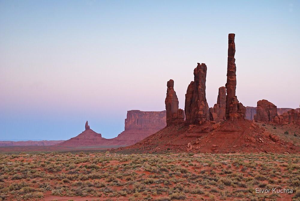 Monument Valley by Eivor Kuchta