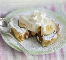 Banana Caramel Pie by Barb Leopold