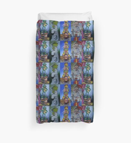 Muppets Haunted Mansion Stretching Room Portraits Duvet Cover