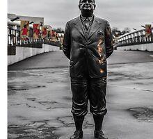 Herbert Chapman statue - Arsenal FC by Adam Carra
