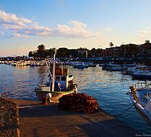 Pomeriggio al molo by Andrea Rapisarda