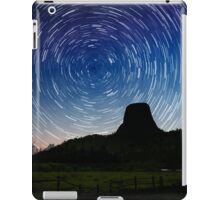 Star trails over Devils Tower iPad Case/Skin