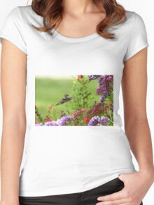 Humming Above the Color Women's Fitted Scoop T-Shirt