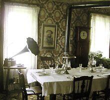 Dining Room by Hunniebee